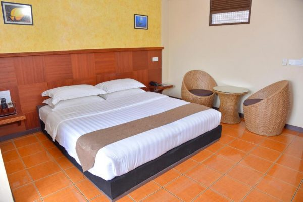 Deluxe Double Room with Balcony- Rashu Hiyaa