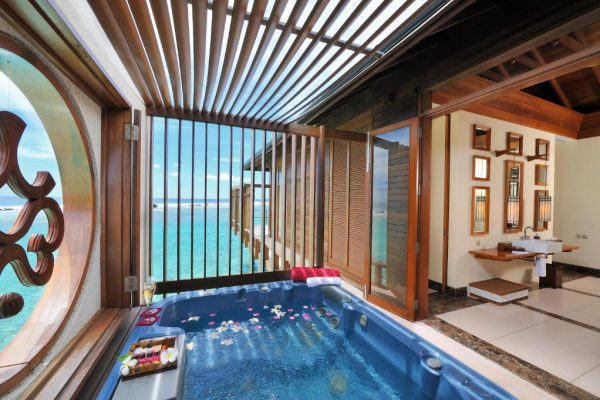 Haven Suite with Plunge Pool – Paradise Island Resort & Spa
