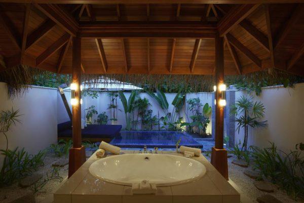 Beach Bungalow with Pool – Huvafen Fushi