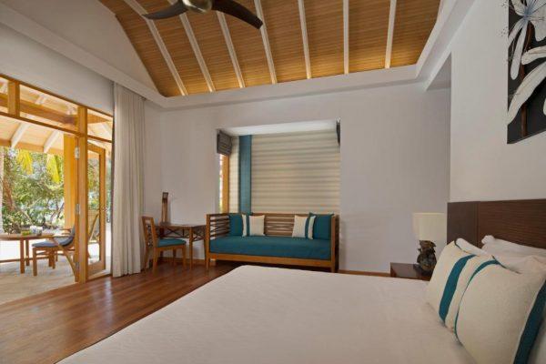 Deluxe Bungalow – Beach Front – Kurumba Maldives