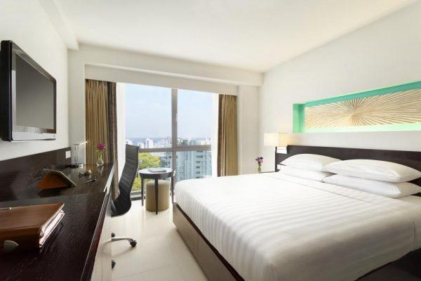 Deluxe Queen Room – Hotel Jen